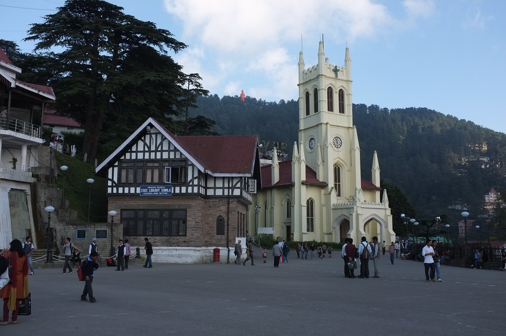 Car on rent from Delhi to Shimla